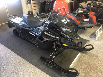 Ski-doo Renegade X-RS 900 ACE Turbo -19 Momsad 195 hk 88 mil