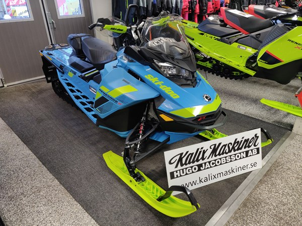 Ski-Doo Backcountry X 850 E-TEC -18