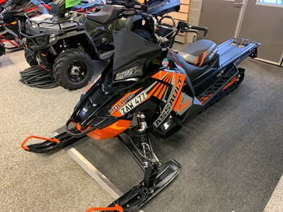"Polaris 800 RMK ASSAULT 155"" -17 190 mil"