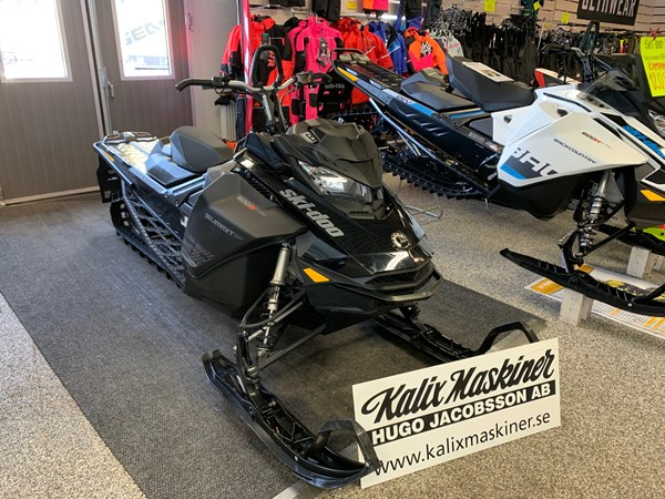 "Ski-doo Summit SP 146"" 600R E-TEC -19 58 mil"