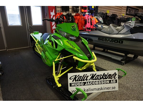 "Arctic Cat M8000 Hardcore 162"" -16"